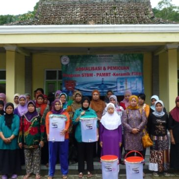 Distribution of Ceramic Filter in Village Sukabakti, Cianjur, West Java